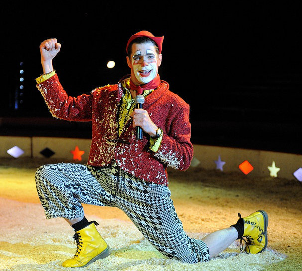Dingle Fingle is the perfect circus clown!